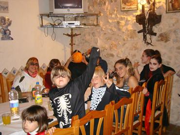 Fiesta para coles y grupos. Halloween